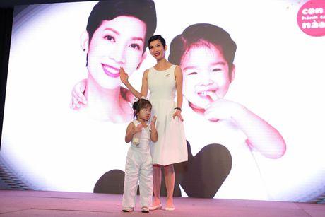 Xuan Lan lan dau chia se cuoc song cua ba me doc than - Anh 9