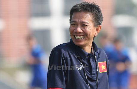 HLV Hoang Anh Tuan: U22 Viet Nam ra doi vi muc tieu vo dich SEA Games - Anh 1