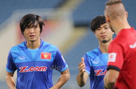Tuyen Viet Nam ghi 5 ban, Tuan Anh van chua thay hai long - Anh 1