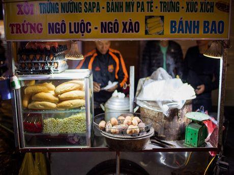 Cung kham pha am thuc duong pho ve dem cua nguoi Ha Noi - Anh 8