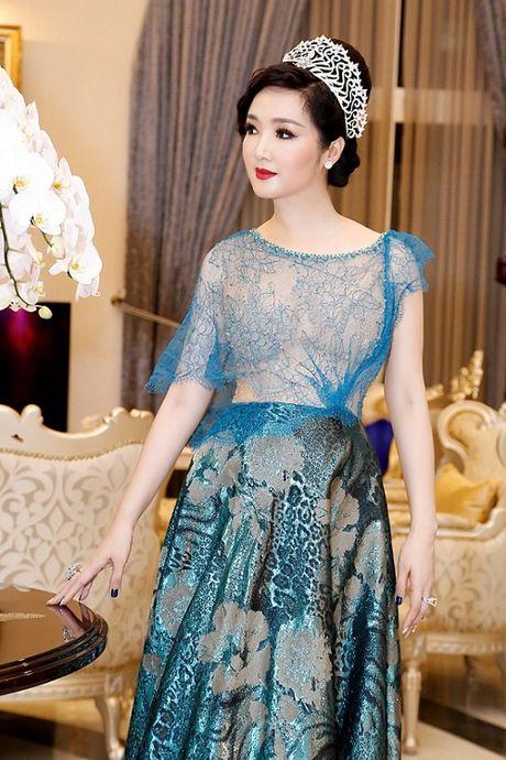 HH Giang My, Chi Pu vay voan mong tang pho nguc day - Anh 2