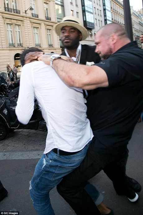 Kim Kardashian sa thai ve si lau nam sau vu cuop o Paris - Anh 3