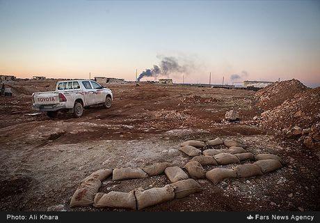 Quan doi Syria tan cong don dap khung bo tai Aleppo - Anh 10