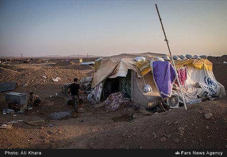 Quan doi Syria tan cong don dap khung bo tai Aleppo - Anh 12