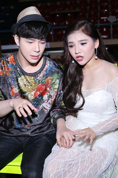 Nathan Lee, Ho Quynh Huong bat ngo lam liveshow mien phi cho hon 3000 sinh vien - Anh 3