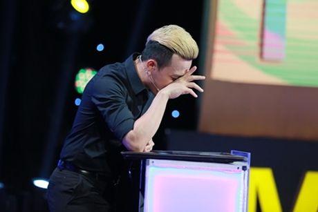 Harry Lu don tim khan gia vi khoe giong hat cuc ngot trong gameshow - Anh 3