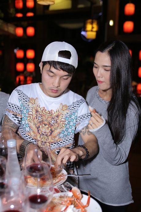 3 ong chong kheo cham vo bau noi tieng showbiz Viet - Anh 3