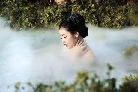 'Hot girl Sao Mai' tung MV dam chat than thoai, ky xao nhu phim - Anh 4