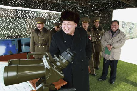 Yonhap: Kim Jong-un toi tham luc luong chuyen am sat quan chuc Han Quoc - Anh 1