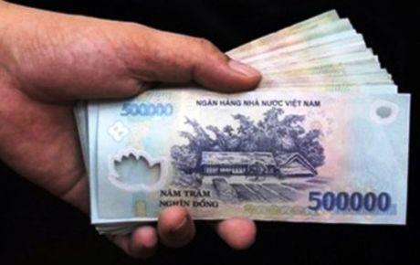 Nghi vo ngoai tinh, tong tien 'tinh dich' 200 trieu dong - Anh 1