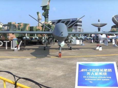 Trung Quoc tuyen bo UAV CH-5 'an dut' MQ-9 Reaper cua My - Anh 1