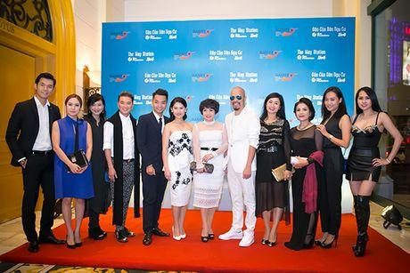 Sao Viet tap nap chuc mung Hong Anh, Ngoc Thanh Tam - Anh 19