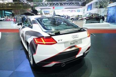 Ngam Audi TT 2016 voi 'bo ao' kieu camo - Anh 6