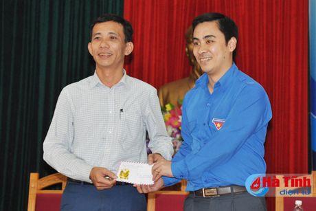 Doi thoai, dinh huong khoi nghiep cho hon 300 DVTN Huong Son - Anh 10