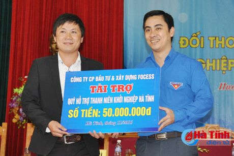 Doi thoai, dinh huong khoi nghiep cho hon 300 DVTN Huong Son - Anh 9