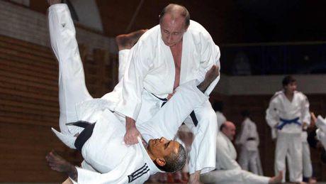 Putin 'danh phu dau' My voi don Judo dia chinh tri - Anh 1