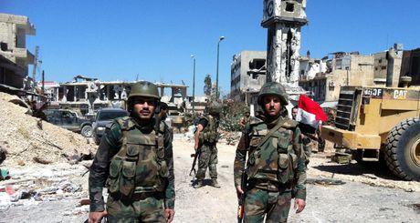 Khong quan Nga kiem soat moi bien dong cua phien quan o Aleppo - Anh 1