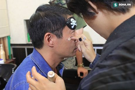 'Canh' nong bong cua Cong Ly va ban gai - Anh 14