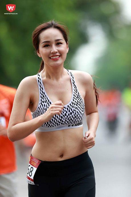 Loat anh khong photoshop chung minh voc dang chua hoan hao cua my nhan Viet - Anh 10