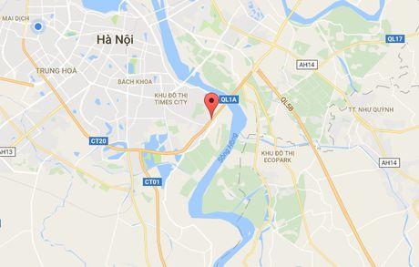 Oto tong xe may, nam sinh vang khoi cau Thanh Tri tu vong - Anh 2