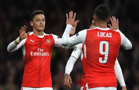 Doi hinh Arsenal - Tottenham du suc vo dich Premier League - Anh 10
