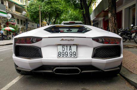 Lamborghini Aventador dau tien Viet Nam doi mau - Anh 9