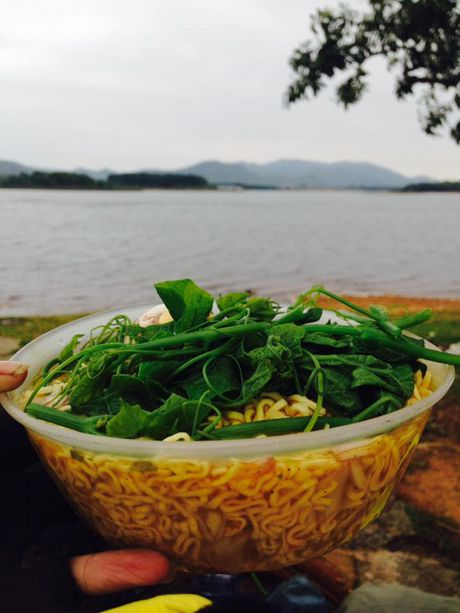 Nguoi dan Tam Dao to phuot thu y thuc kem - Anh 2