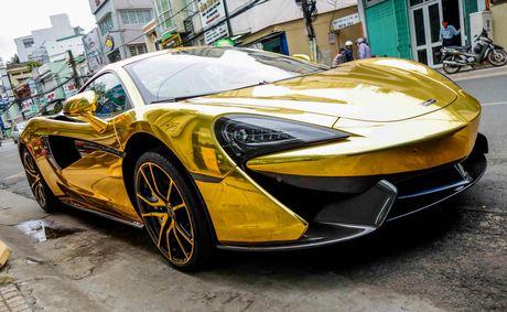 McLaren cu cua Cuong Do La ma vang phong cach A Rap - Anh 1