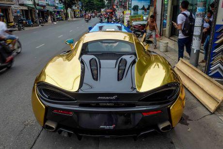 McLaren cu cua Cuong Do La ma vang phong cach A Rap - Anh 4