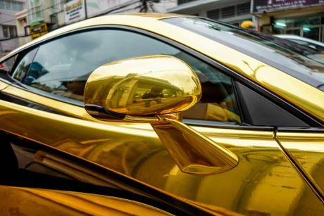 McLaren cu cua Cuong Do La ma vang phong cach A Rap - Anh 5