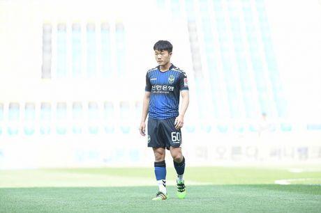Xuan Truong 'mat tich' trong ngay trong dai cua Incheon - Anh 1