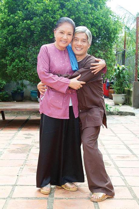 Tiec nho NSUT Ut Bach Lan: Hoa Lan Trang da vang nu cuoi hien - Anh 1
