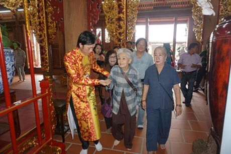 Tiec nho NSUT Ut Bach Lan: Hoa Lan Trang da vang nu cuoi hien - Anh 7