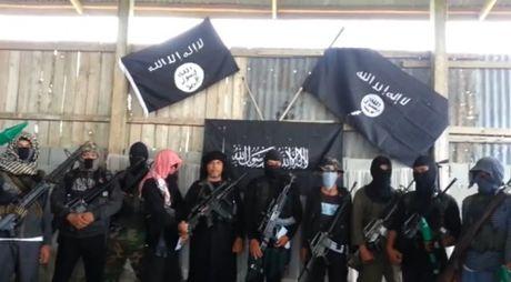 Gioi chuc Albania, Kosovo bat giu nhieu doi tuong lien quan toi IS - Anh 1