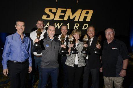 Cong bo cac hang muc giai thuong cua SEMA Awards - Anh 1
