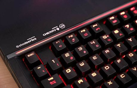 Danh gia laptop choi game: MSI GT83VR Titan SLI - Anh 3