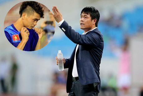 HLV Huu Thang: Hay cho Cong Phuong mot co hoi! - Anh 1