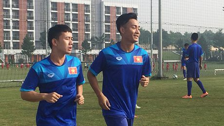 Minh Vuong va Tuan Tai phai chia tay DT U22 Viet Nam - Anh 1