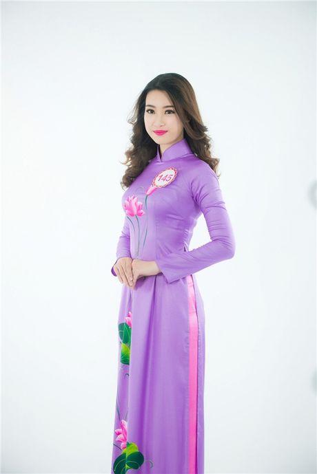 Cham diem nhung lan hoa hau Do My Linh mac ao dai - Anh 8