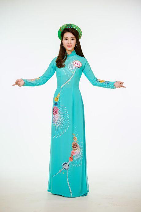 Cham diem nhung lan hoa hau Do My Linh mac ao dai - Anh 9