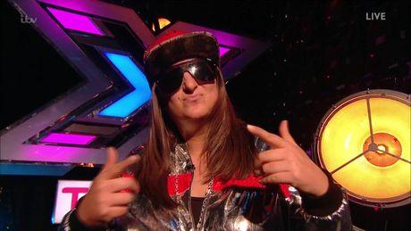 The X-Factor: Sau chi trich cua Lily Allen, rapper noi loan van duoc ngoi khen het loi - Anh 1
