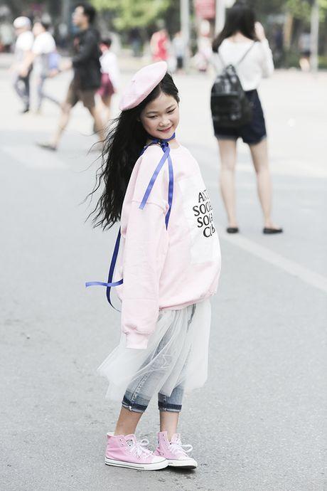 Hot girl nhi so 1 Ha thanh khoe street style chat lu - Anh 5