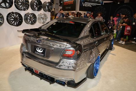 Ngam Subaru WRX STI duoc khac hoa tiet noi 'cuc doc' - Anh 5