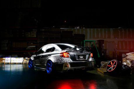 Ngam Subaru WRX STI duoc khac hoa tiet noi 'cuc doc' - Anh 8