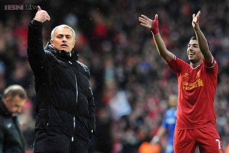 Mourinho 'di dem' voi Suarez, quyet ban 8 cau thu ngay trong thang 1 - Anh 1