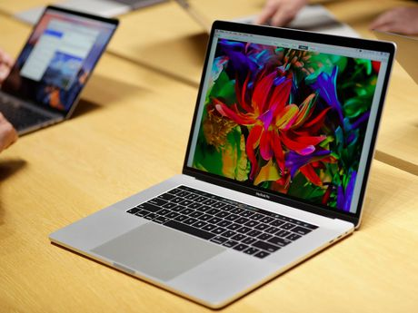 Apple giam gia 'soc' mot loat USB-C dongle tu nay den cuoi nam - Anh 2