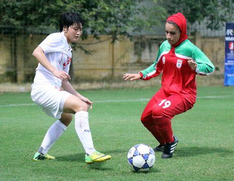 Thang Iran 2-0, tuyen U.19 nu Viet Nam gianh ve du VCK chau A - Anh 2