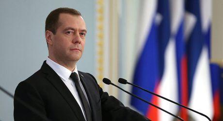 Thu tuong Nga: Moscow khong co ke hoach dap tra trung phat cua EU va My - Anh 1