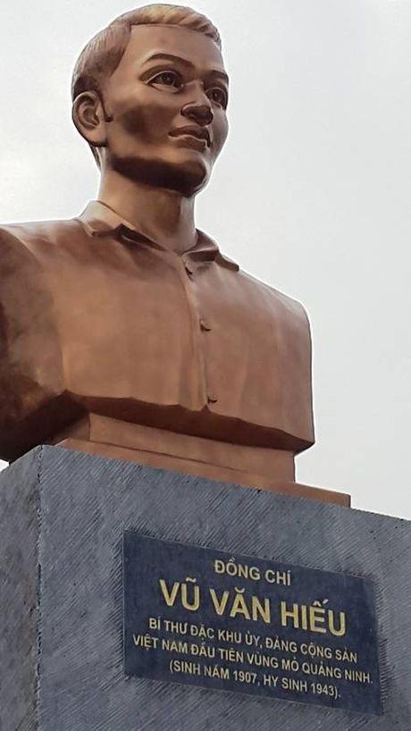 Quang Ninh: Khanh thanh tuong dai cu Vu Van Hieu - Anh 2