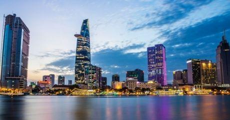 Ban tin Sai Gon Plus: Nha dan lun, nut vi thi cong lam duong - Anh 1